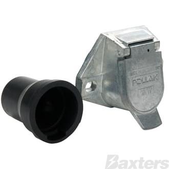 J560 Socket With Boot Pollak 7 Pole H/Duty